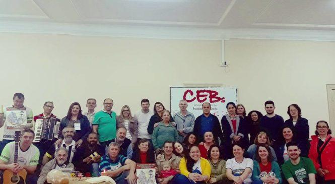 Escola das CEBs na Arquidiocese de Curitiba. Chegou o tempo da espera é a primavera quem diz
