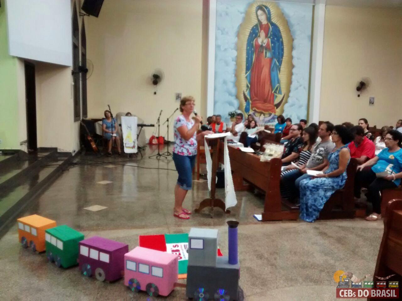 Dia da Palavra nas comunidades: integração e acolhimento com as famílias