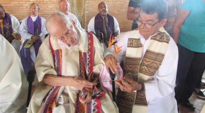 90 cumpleaños de Don Pedro: una gran fiesta para un profeta con más vidas que un gato
