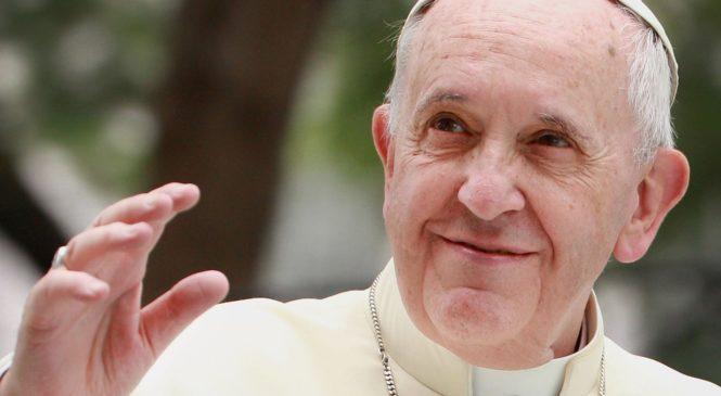 """""""Sem a visão de fé, reduz-se o Papa a personagem"""". Entrevista com Víctor Manuel Fernández"""