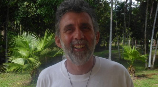 """""""O Sínodo nos ajuda a voltar novamente ao essencial da missão"""". Entrevista com Charly Azcona, missionário na Amazônia equatoriana"""