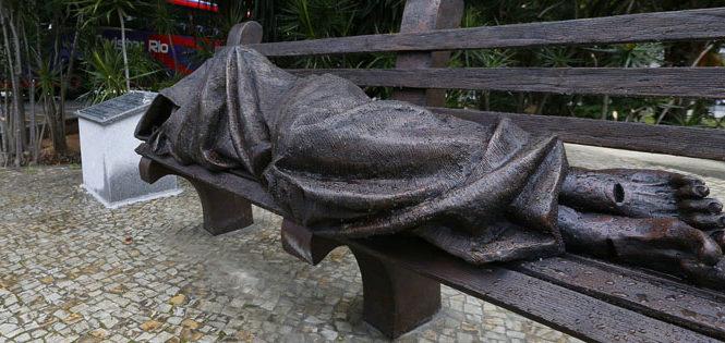 Pôr os dedos nas chagas dos Crucificados do mundo.  Marcelo Barros
