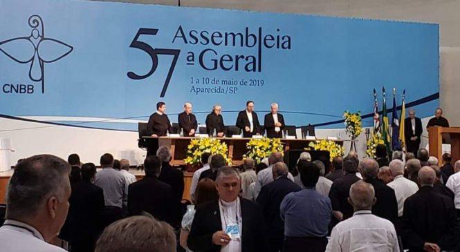 A Eleição da Presidência e as novas diretrizes marcam a 57°Assembléia da CNBB.