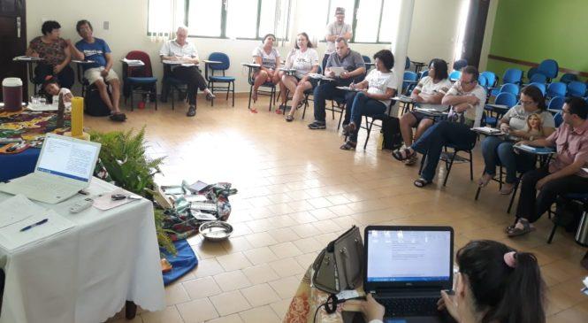 CEBs: ensaios transformadores de Vida.  Marcelo Barros
