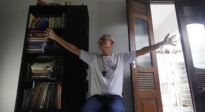 Documentário sobre padre Reginaldo Veloso tem pré-estreia nas plataformas digitais