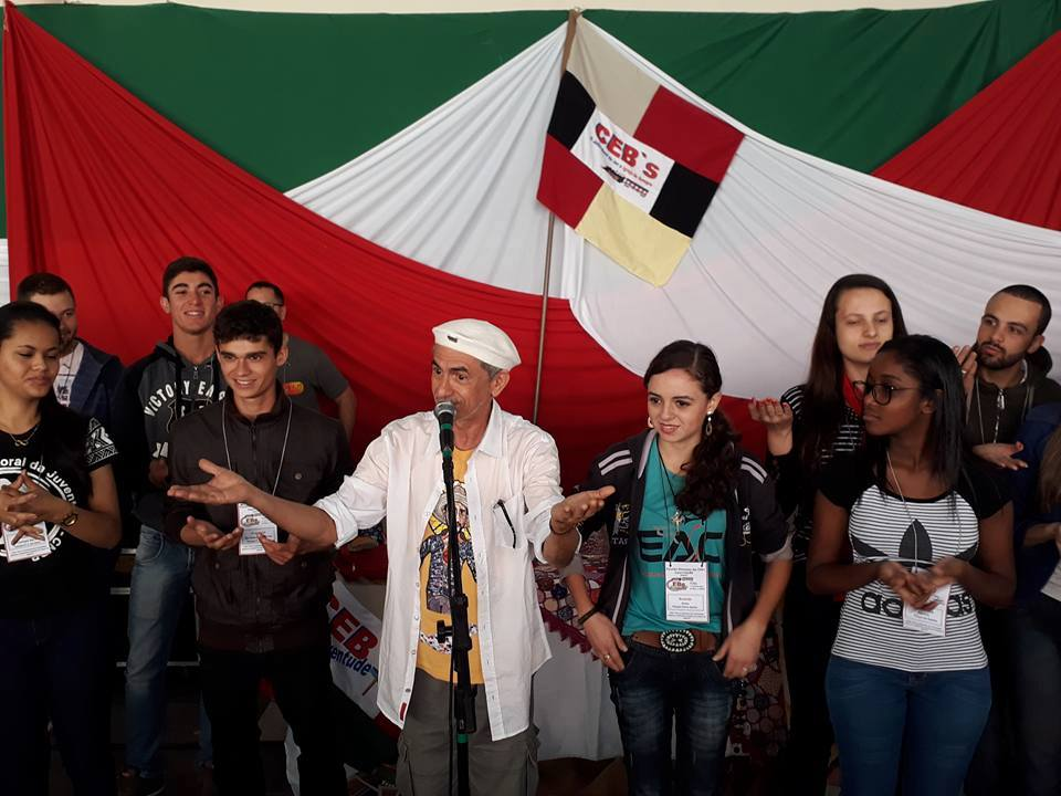 ARTE NA CAMINHADA DAS COMUNIDADES ECLESIAIS DE BASE  REFLEXÕES, DESAFIOS E PROPOSTAS.  Zé Vicente