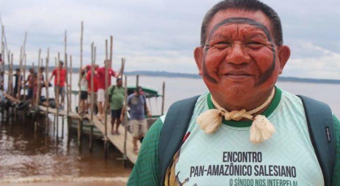 """""""Como indígena vejo que o Sínodo é uma grande oportunidade de sermos conhecidos pela Igreja toda"""". Entrevista com Pe. Justino Sarmento Rezende."""