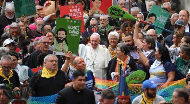 O Papa Francisco e as Comunidades Eclesiais de Base – duas primaveras na Igreja