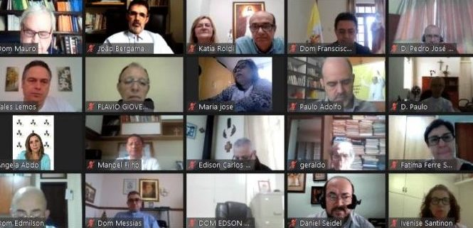 13º Seminário de bispos referenciais do Laicato e das CEBs do Brasil debate sobre as Comunidades Eclesiais de Base